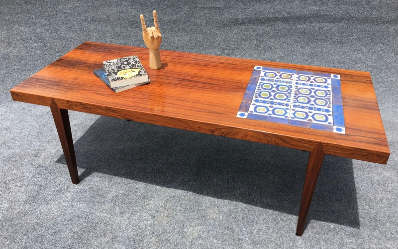 Tables Aymerick Mødern - Coffee table with tile inlay