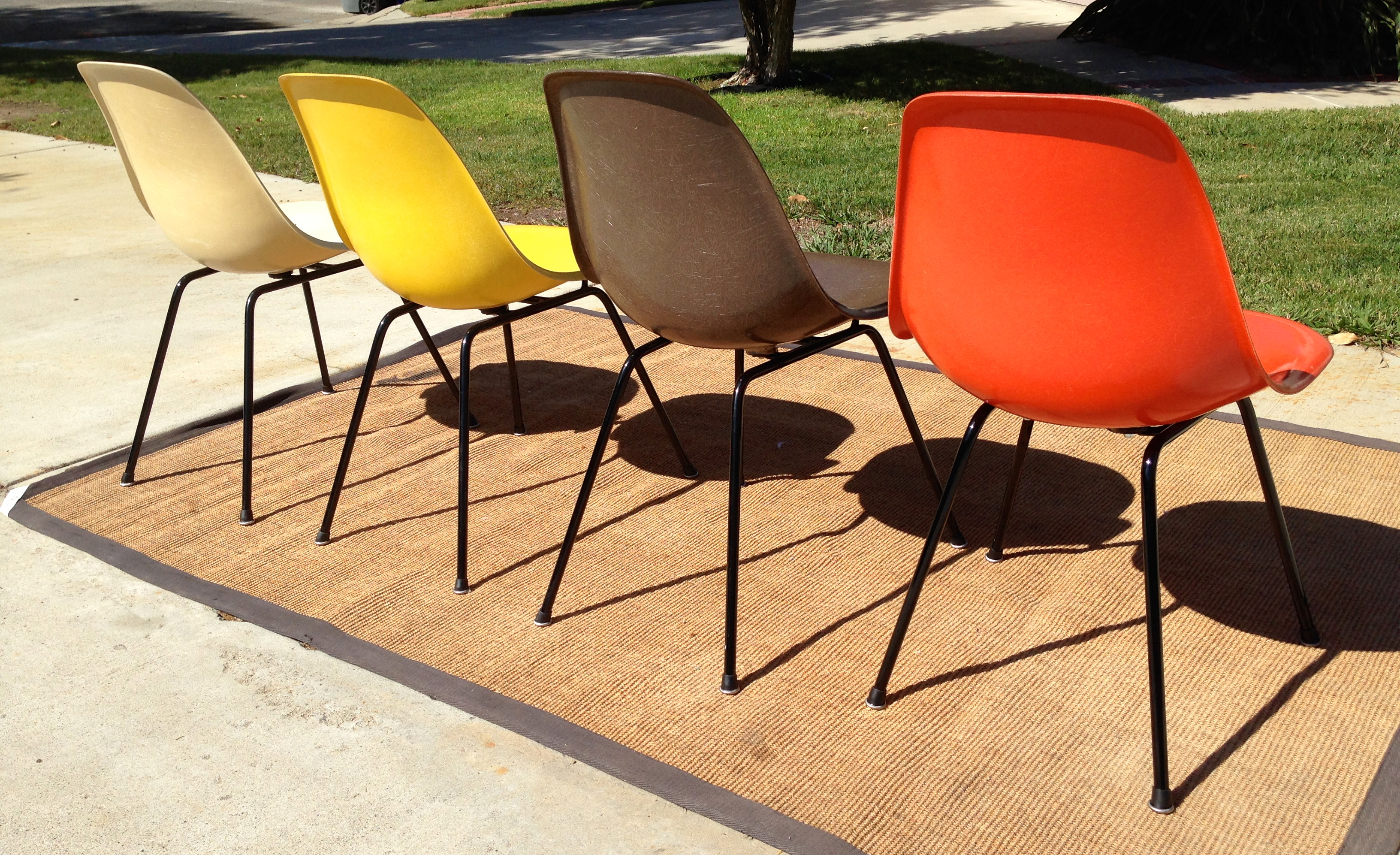 Set Of 4 Fiberglass Side Chairs By Eames For Herman Miller